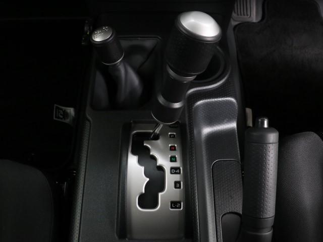 「トヨタ」「FJクルーザー」「SUV・クロカン」「東京都」の中古車13