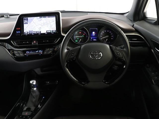 「トヨタ」「C-HR」「SUV・クロカン」「東京都」の中古車4