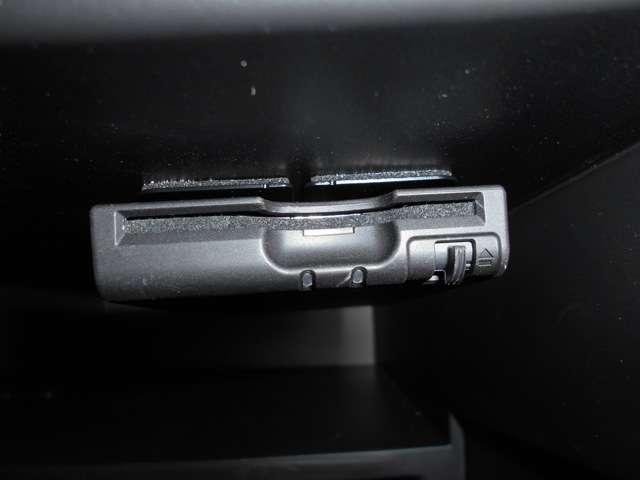1.2 X エマージェンシーブレーキ 踏み間違い防止 アラウンドビュー ETC CD ハイビームアシスト スマートルームミラー メモリーナビ プライバシーガラス アイドリングストップ(8枚目)