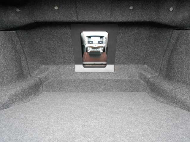 3.7 370GT エマブレ 黒本革シート アラウンドビュー 黒革シート Bカメ アラウンドビューモニター クルコン ドラレコ ナビTV HDDナビ 寒冷地仕様 1オーナ ETC 盗難防止システム エアコン サイドエアバッグ 衝突軽減 LED Sキー Sカメラ(17枚目)