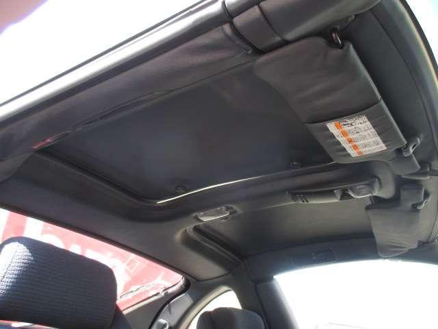 バージョンS 3.0L 2by2 Tバールーフ 走行6.1万キロ リアスポイラー 中期モデル 車検整備付き 社外アルミホイール 4人乗り(13枚目)