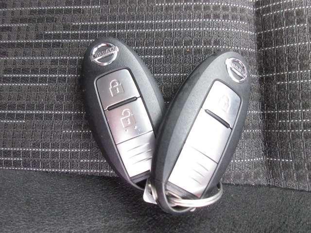 ロングプレミアムGX 2.0 ロングボディ 純正メモリーナビ(MJ320D-W) フルセグ Bluetooth CD録音 アラウンドビューモニター ドラレコ オートエアコン リアヒーター・クーラー ETC 当社試乗車アップ(19枚目)
