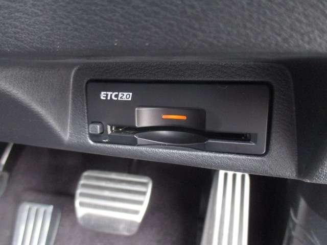 GT タイプSP 3.0 GT タイプSP サンルーフ・パドルシフト・インテリジェントクルコン アラウンドビューモニター・BOSEサウンド・ドラレコ・LEDライト・ETC2,0(14枚目)