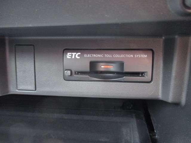 3.7 370GT タイプS 純正HDDナビ フルセグ Bluetooth アラウンドビューモニター 20インチ純正アルミホイール パドルシフト LEDヘッドライト エマージェンシーブレーキインテリジェントキー ETC 1オーナー(13枚目)