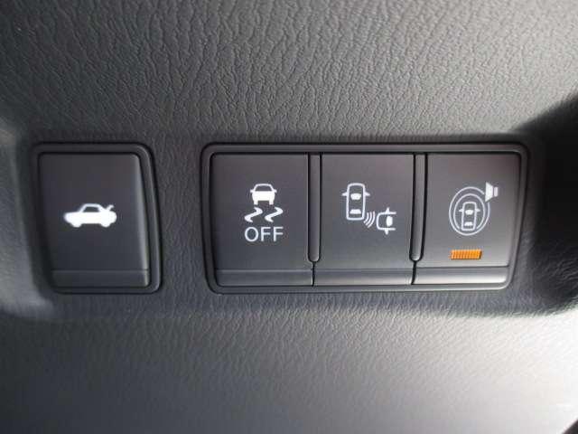 3.7 370GT タイプS 純正HDDナビ フルセグ Bluetooth アラウンドビューモニター 20インチ純正アルミホイール パドルシフト LEDヘッドライト エマージェンシーブレーキインテリジェントキー ETC 1オーナー(14枚目)