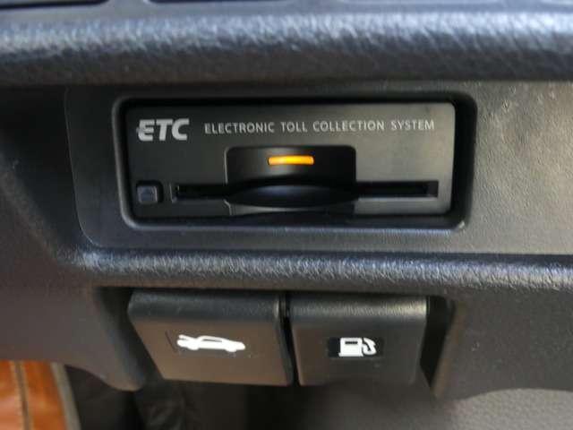 ETC車載器も付いております!