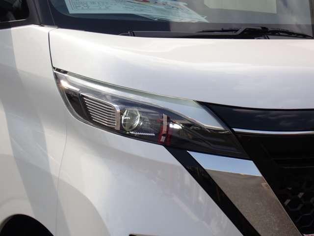 ハイウェイスター X プロパイロットエディション 当社試乗車・プロパイロット・エマージェンシーブレーキ・アラウンドビューモニター・SOSコール・ハンズフリーオートスライドドア・LEDヘッドライト・前後ドライブレコーダー・ETC2.0・ニーエアバック(18枚目)