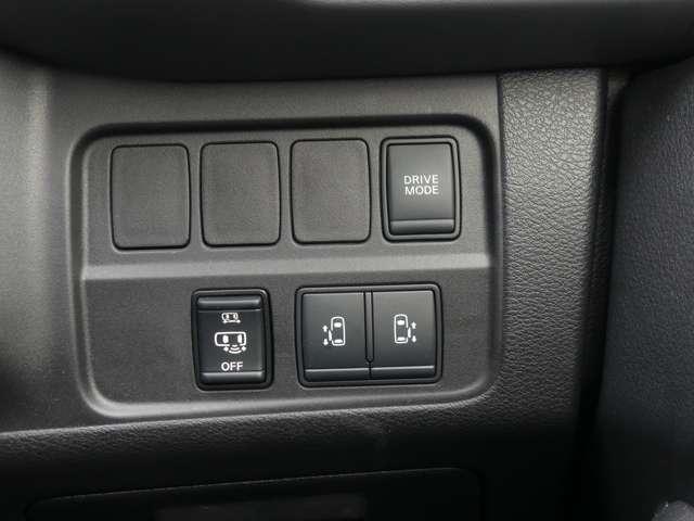 1.2 e-POWER ハイウェイスター V 後席TVモニター 試乗車UP(7枚目)