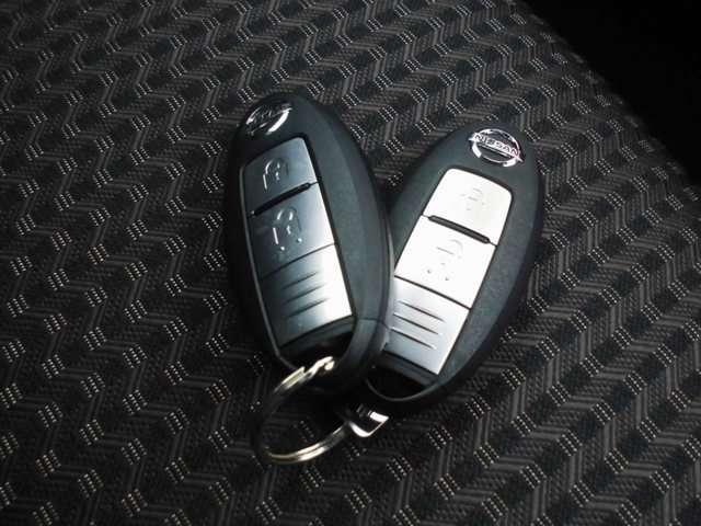 1.2 e-POWER メダリスト 当社社用車UP 装備充実(8枚目)