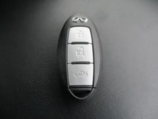 350GT ハイブリッド タイプP 黒本革シート エマブレ(17枚目)