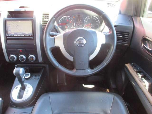 2.0 20X 4WD 純正メモリーナビ ナビ/TV メモリナビ 切替式4WD HIDヘッド AW ETC オートエアコン ABS インテリ鍵 キーレスキー パワステ 1セグ Rカメ(4枚目)