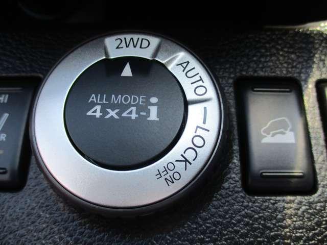 2.0 20X 4WD 純正メモリーナビ ナビ/TV メモリナビ 切替式4WD HIDヘッド AW ETC オートエアコン ABS インテリ鍵 キーレスキー パワステ 1セグ Rカメ(7枚目)