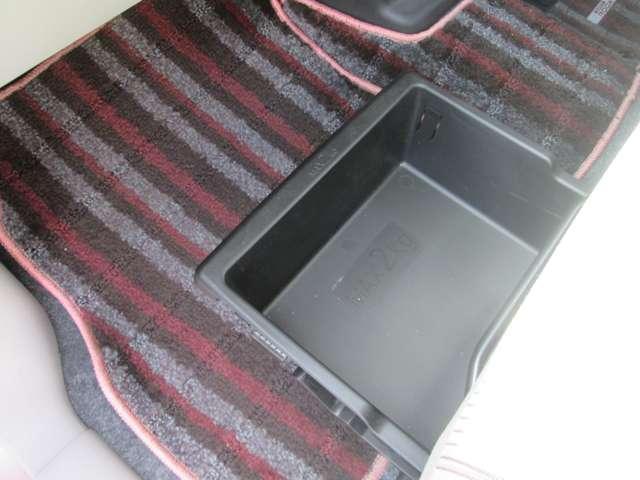 660 X 両側オ-トドア アラウンドビュ-モニタ- ナビTV キーフリ スマートキー ETC バックカメラ メモリーナビ WエアB ABS オートエアコン フルセグ 記録簿 エアバッグ サイドモニター パワーウインドウ アイドリング パノラマモニター(18枚目)