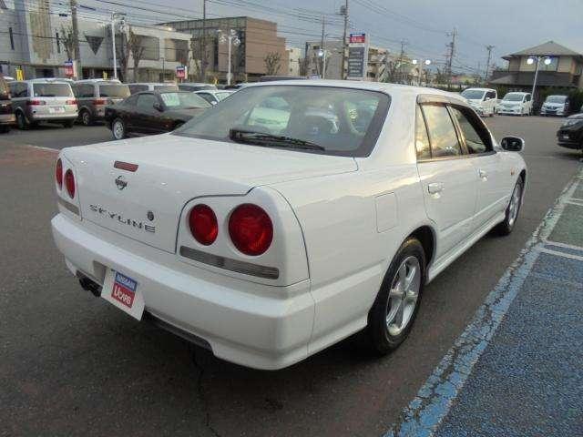 セダン GT(2枚目)