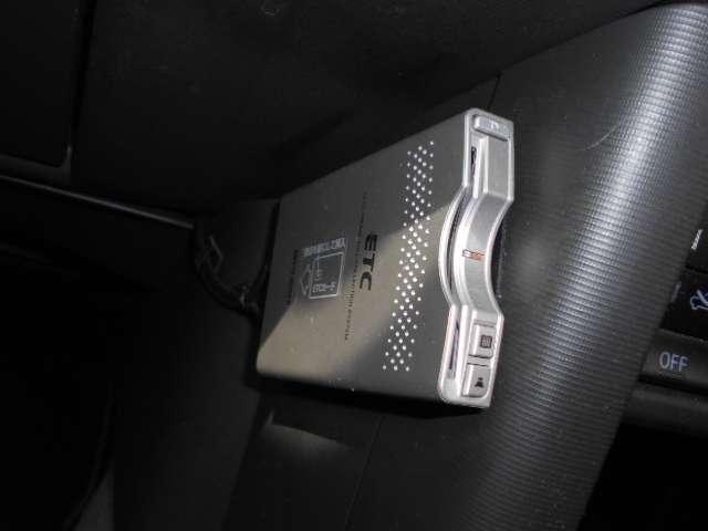 2.0 Xtt 4WD 切替4WD CD アルミホイール エアコン キセノンヘッドライト リモコンドアロック(13枚目)
