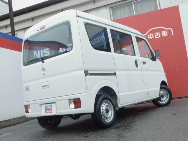 車体色 スペリアホワイト グレード DX ハイルーフ