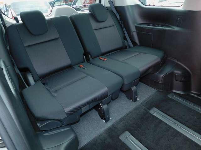 サードシート画像です。全国どこでも納車可能です。お気軽にご連絡ください。TEL03-3899-1405