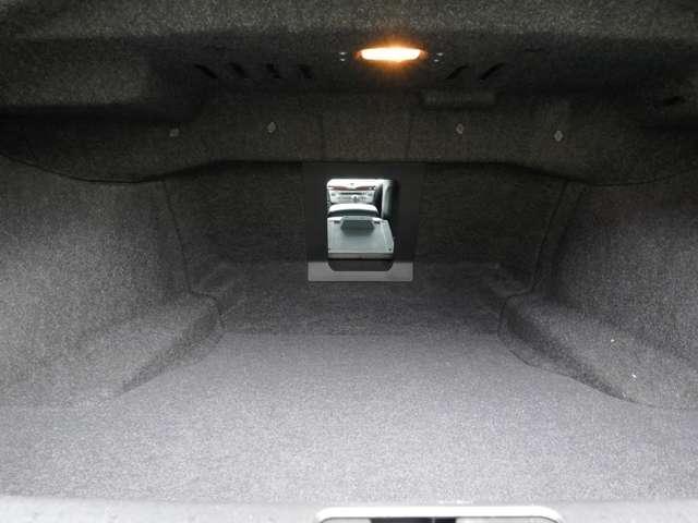 370GT 黒本革パッケージ パワーシート(20枚目)