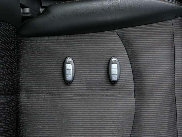 インテリジェントキー リモコンを身につけていれば、ドアの施錠・開錠、エンジンスタートもOK!
