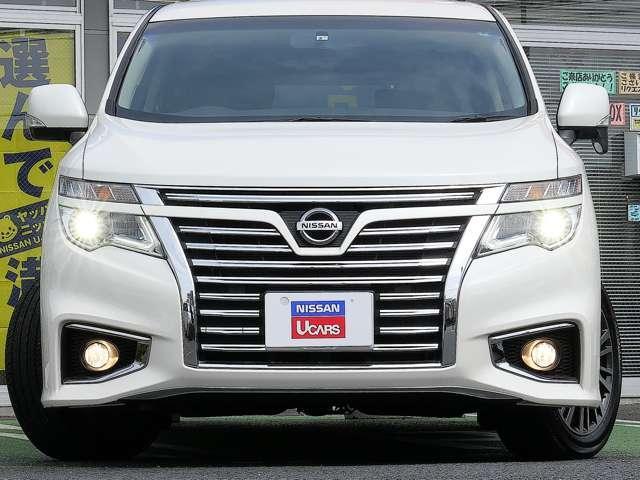 LEDヘッドライト 拡散する光を効率よく照射範囲に集め、クッキリ・ハッキリ路面を照らしてくれます〜