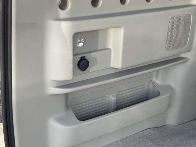 G ターボ 純正メモリーナビ フルセグ バックカメラ DVDビデオ再生 両側オートスライドドア 左オートステップ キセノンライト 横滑り防止 プライバシーガラス ETC2.0(17枚目)