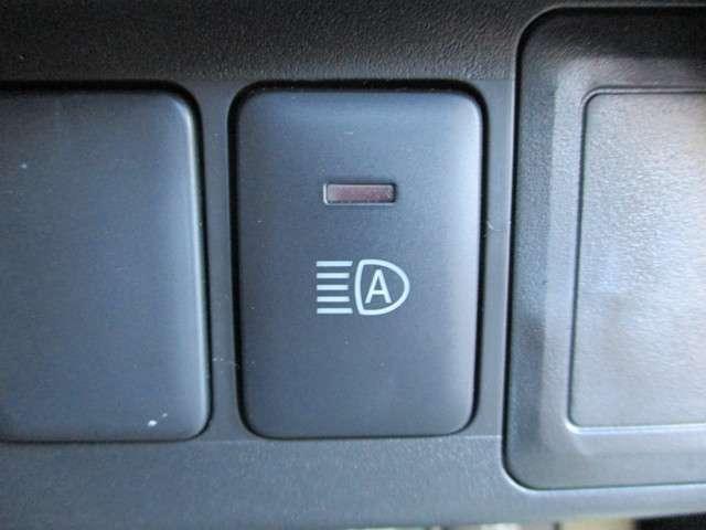 ハイウェイスター X パイオニアCDチューナー ETC アラウンドビューモニター 前後踏み間違い防止 前後ソナー LEDヘッドランプ ステアリングスイッチ ハイビームアシスト オートライト ステアリングスイッチ(8枚目)