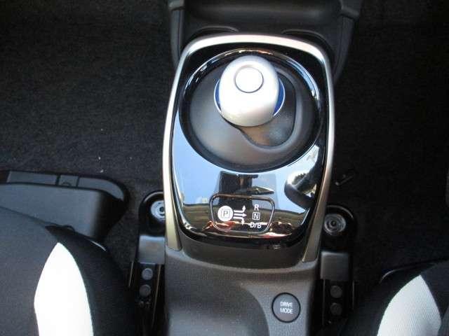 e-パワー X 当社試乗展示車アップ 純正メモリーナビ 純正ナビ連動ドライブレコーダー MODアラウンドモニター ハイビームアシスト インテリジェントキー スマートルームミラー オートエアコン ステアリングスイッチ(9枚目)