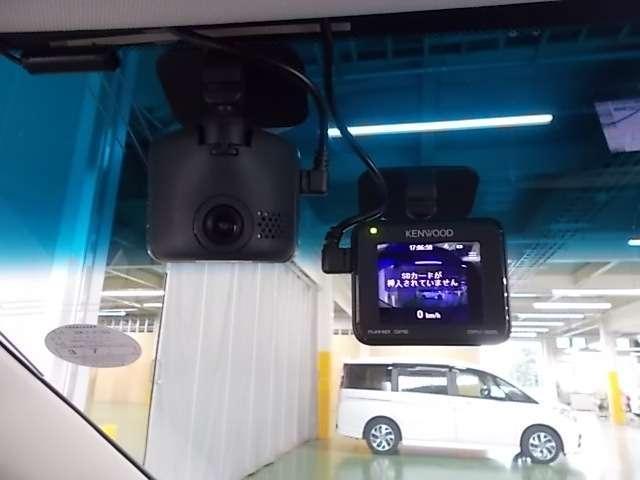 ハイブリッドアブソルート・ホンダセンシング HDDナビ Rカメラ フルセグ 純正ドラレコ LED 1オーナー ETC 衝突軽減 ナビTV フルセ 両側自動ドア Bカメラ(8枚目)