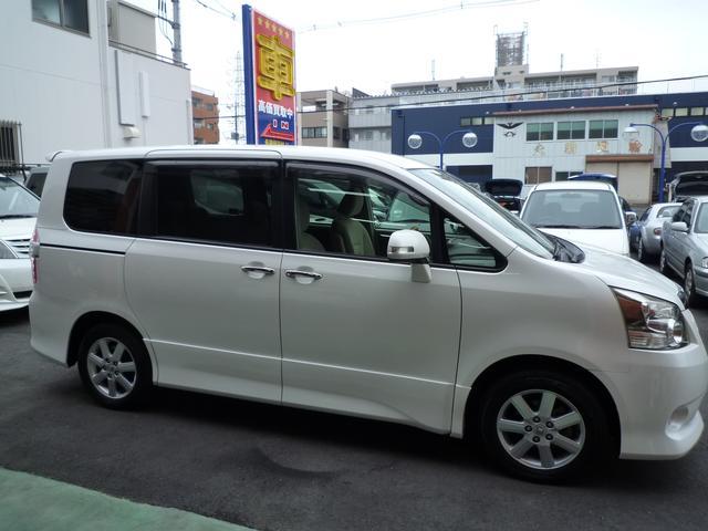 トヨタ ノア S両側パワスラHDDナビTVバックカメラETCスマートキー