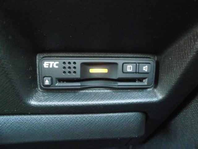 ETC付きです!ETCカードで高速利用すると割引なども多数ありお得です!料金所で窓を開けずに通過できてとても便利ですよ♪お問い合わせは0120-07-1190まで♪
