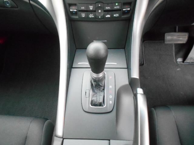 20TL パドルシフト クルーズコントロール キーレス 社外アルミ オートライト ウインカー付電動格納ミラー カーテンエアバッグ 除菌(25枚目)
