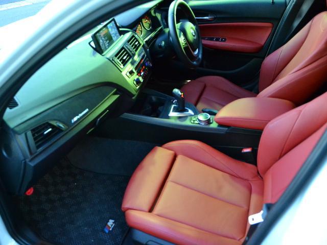BMW BMW M135i認定中古車 社外地デジ 赤レザー電動シート