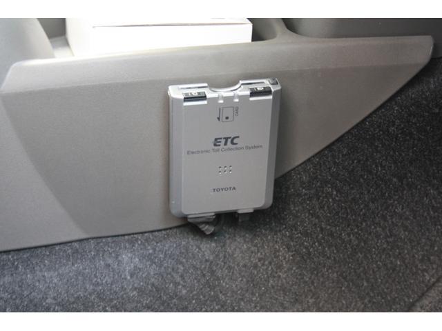 トヨタ ヴィッツ U 1オ-ナ- スマ-トキ- DTV付HDDナビ Bカメラ