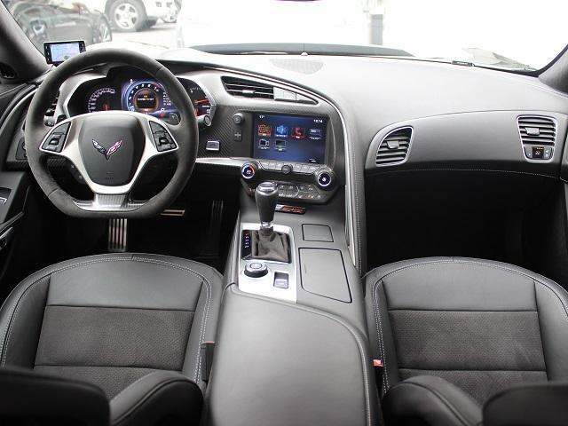 シボレー シボレー コルベット Z06 正規D車 当店新車販売1オーナー