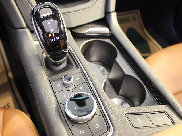 プレミアム 2020年モデル 正規ディーラー車 NFC搭載(15枚目)