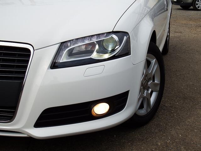HIDヘッドライト・LEDポジションランプ