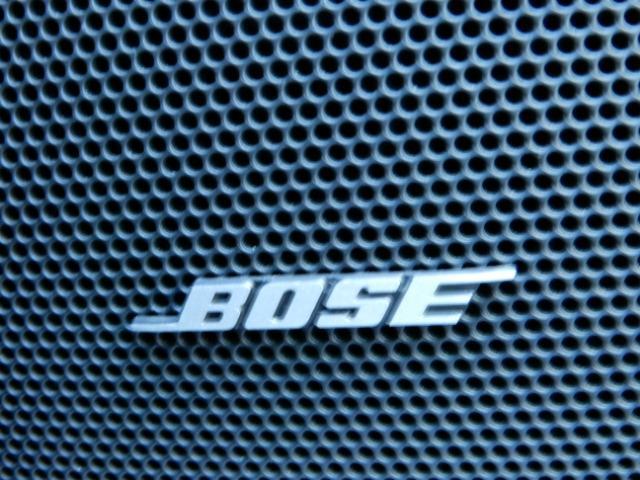【BOSE】迫力のあるサウンドが気持ちイイBOSEサウンドスピーカーを装備!大音量でなくてもクリアーな音で癒されそうです!