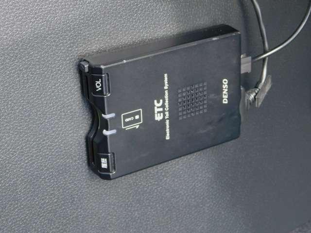 ハイブリッドX センシング ナビ バックカメラ ETC(10枚目)