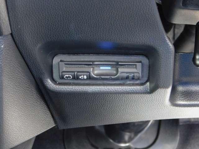 Sパッケージ 追突軽減ブレーキ 純正メモリーナビ バックカメラ ETC 16インチアルミホイール(9枚目)