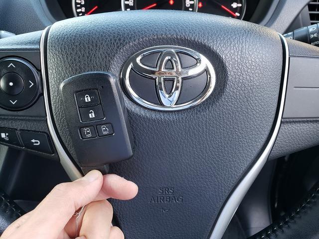 Si 専用エアロ!9インチSDナビ!フルセグTV!Bluetooth接続可!ETC!両側電動スライドドア!アイドリングストップ!LEDヘッドライト!スマートキー!プッシュスタート!デュアルエアコン!7人乗り(60枚目)