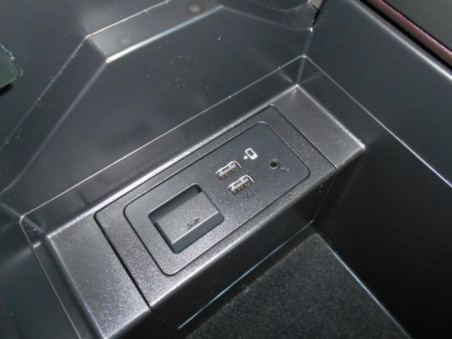 XD プロアクティブ ディーゼルターボ 4WD 7人 ETC 地デジ(8枚目)