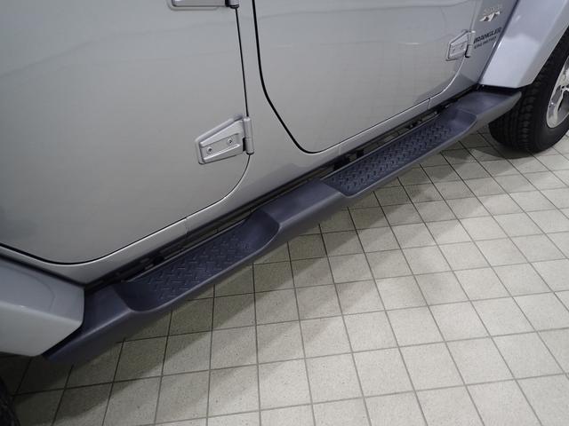 サハラ アンリミテッドサハラ レザーシート アルパイン製9インチナビ サイド/バックカメラ装備 シートヒーター付き ワンオーナー車輛 認定中古車(18枚目)