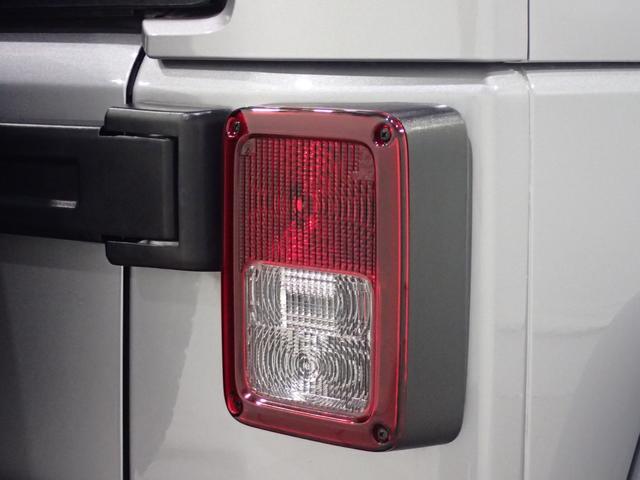 サハラ アンリミテッドサハラ レザーシート アルパイン製9インチナビ サイド/バックカメラ装備 シートヒーター付き ワンオーナー車輛 認定中古車(29枚目)