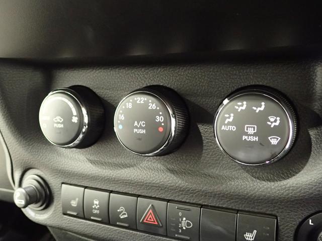 サハラ アンリミテッドサハラ レザーシート アルパイン製9インチナビ サイド/バックカメラ装備 シートヒーター付き ワンオーナー車輛 認定中古車(47枚目)