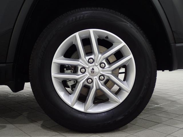 ラレード 認定中古車保証 サイドステップ クルーズコントロール キセノンヘッドライト(5枚目)