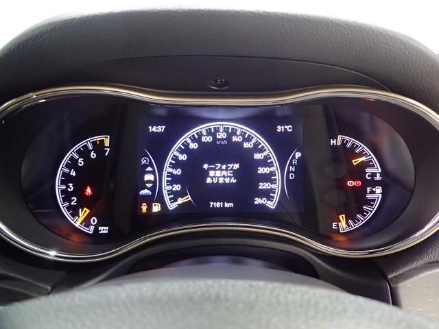 ラレード 認定中古車保証 サイドステップ クルーズコントロール キセノンヘッドライト(69枚目)