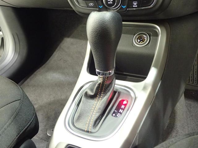 ロンジチュード 認定中古車 正規ディーラー車 クルーズコントロール 純正AW(46枚目)