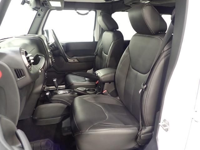 アルティテュード 認定中古車 正規ディーラー車 ブラックレザーシート ロックレール(6枚目)