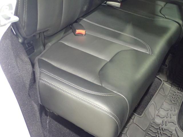 アルティテュード 認定中古車 正規ディーラー車 ブラックレザーシート ロックレール(11枚目)