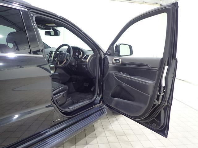 リミテッド ディーラー車 認定中古車保証1年付帯 ブラックレザーシート パワーリヤゲート(17枚目)